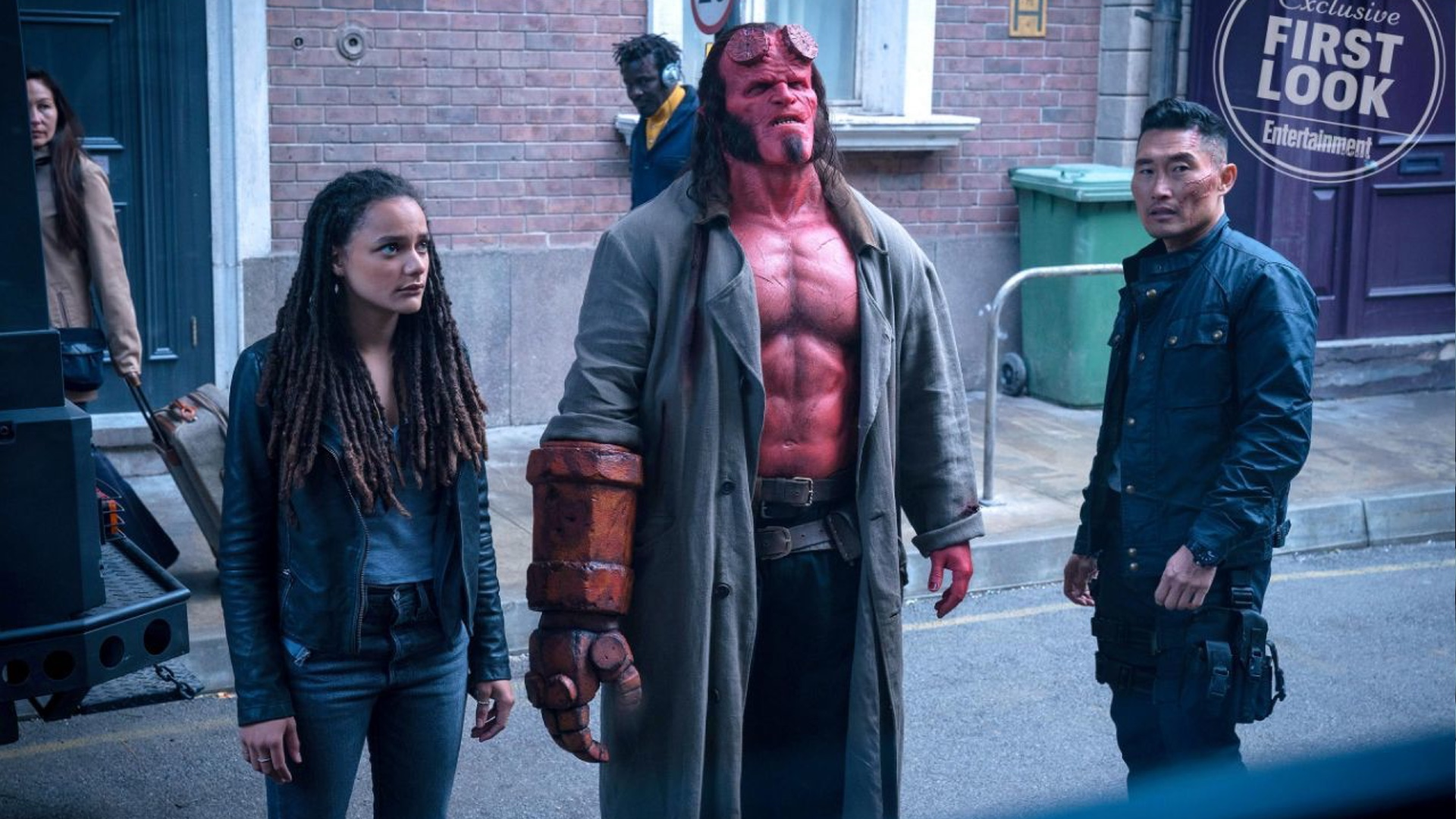 Hellboy has to save the world with the help of Alice (Sasha Lane) and Ben Daimo (Daniel Dae Kim).