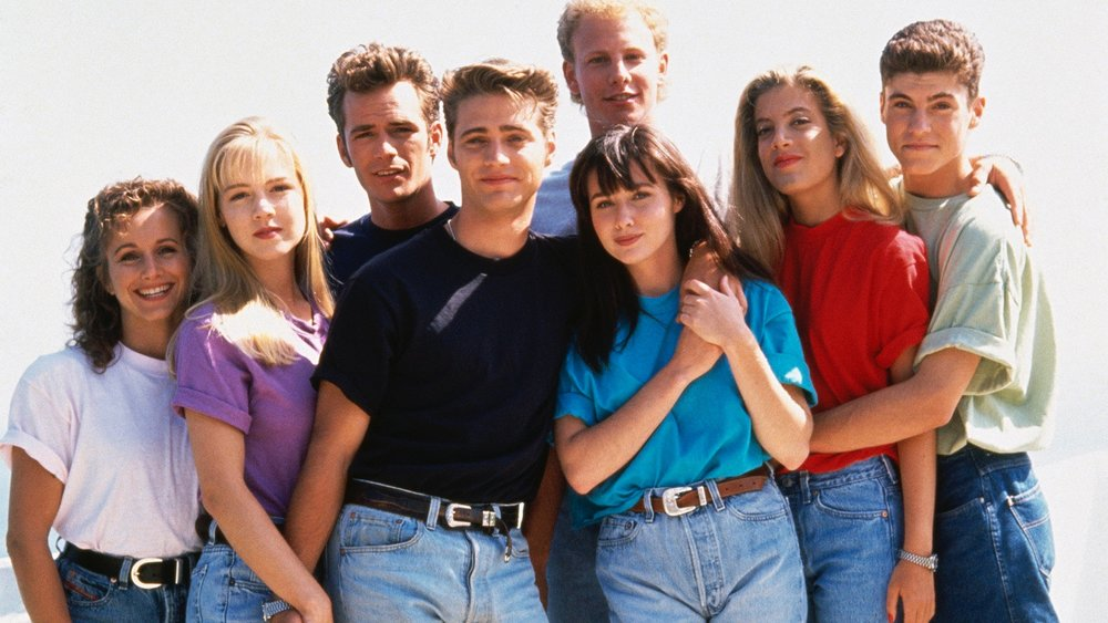 bevery-hills-90210-is-being-rebooted-with-the-original-cast-members-social.jpg