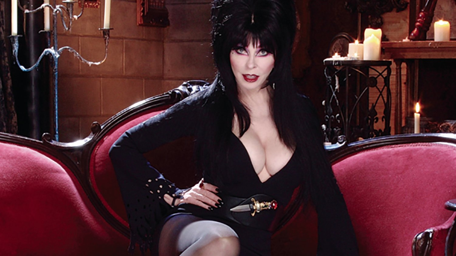 Elvira Is Giving Some Serious Thought To Making A MISTRESS OF THE DARK Sequel GeekTyrant