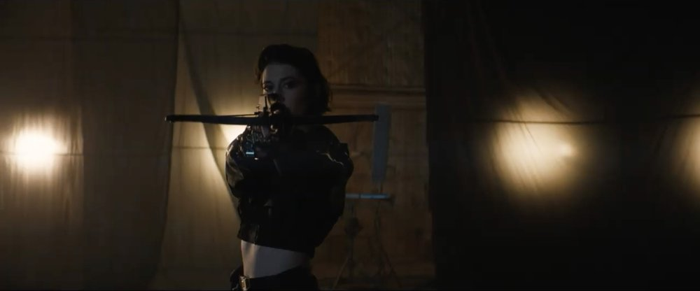 first-bird-of-prey-teaser-trailer-introduces-us-to-all-of-the-main-characters10.jpg