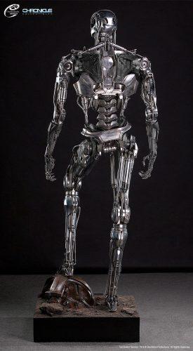 terminator statue 2.jpg