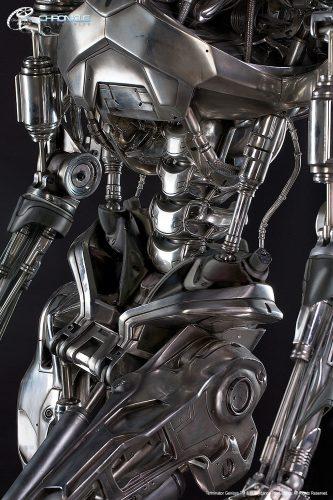 terminator statue 4.jpg