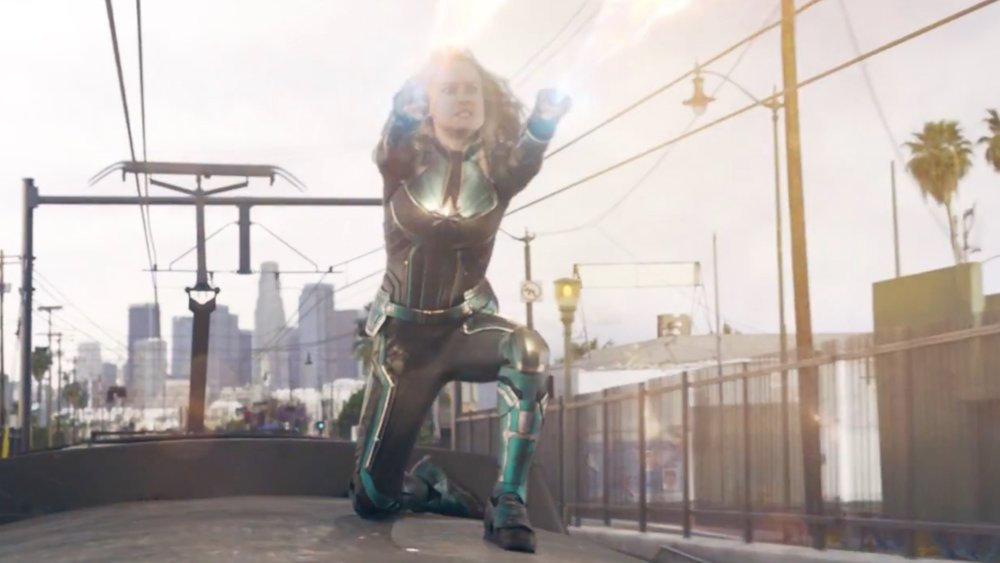 new-captain-marvel-clip-shows-a-train-fight-scene-social.jpg
