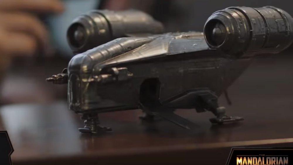 Jon Favreau Reveals That THE MANDALORIAN Was Shot Using Practical Effects and Model Ships