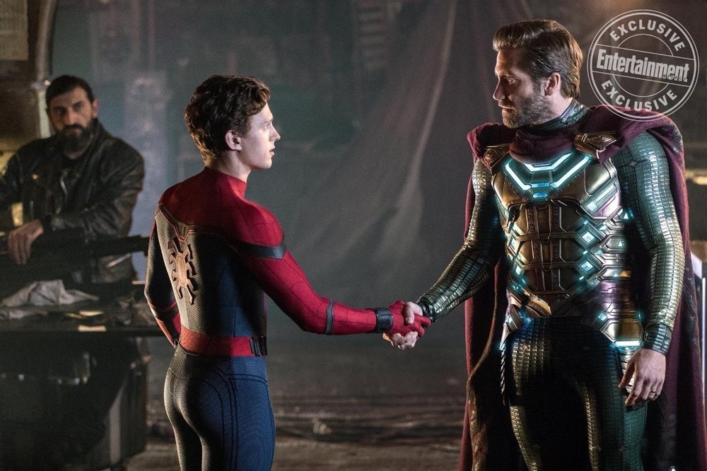 "New Photo From SPIDER-MAN: FAR FROM HOME Features Mysterio Who is Described as ""The Cool Uncle"""