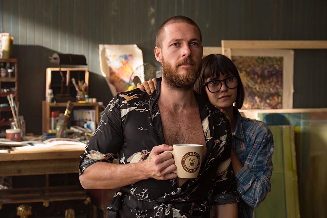Trailer For Lucky Day With Luke Bracey And Crispin Glover Takes The Audience On A Wild Ride Geektyrant