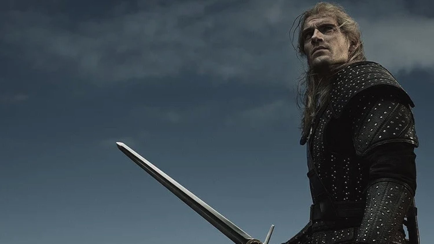 New Image From THE WITCHER Shows Henry Cavill Looking Like a Badass as Geralt
