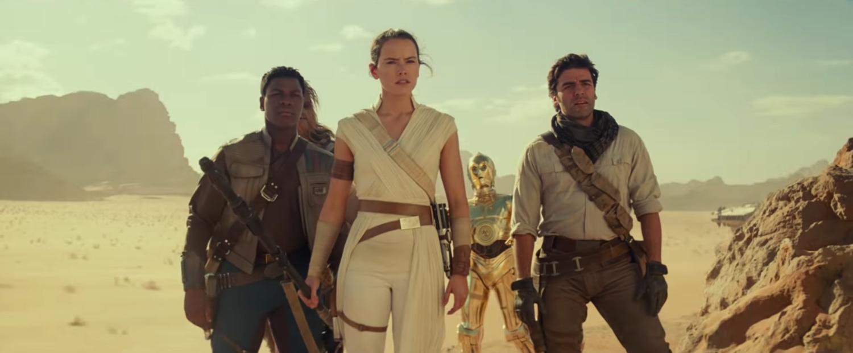 John Boyega, Oscar Isaac et Daisy Ridley voient la montée de Skywalker comme la fin de leurs personnages – Newstrotteur rise of skywalker finn rey poe desert