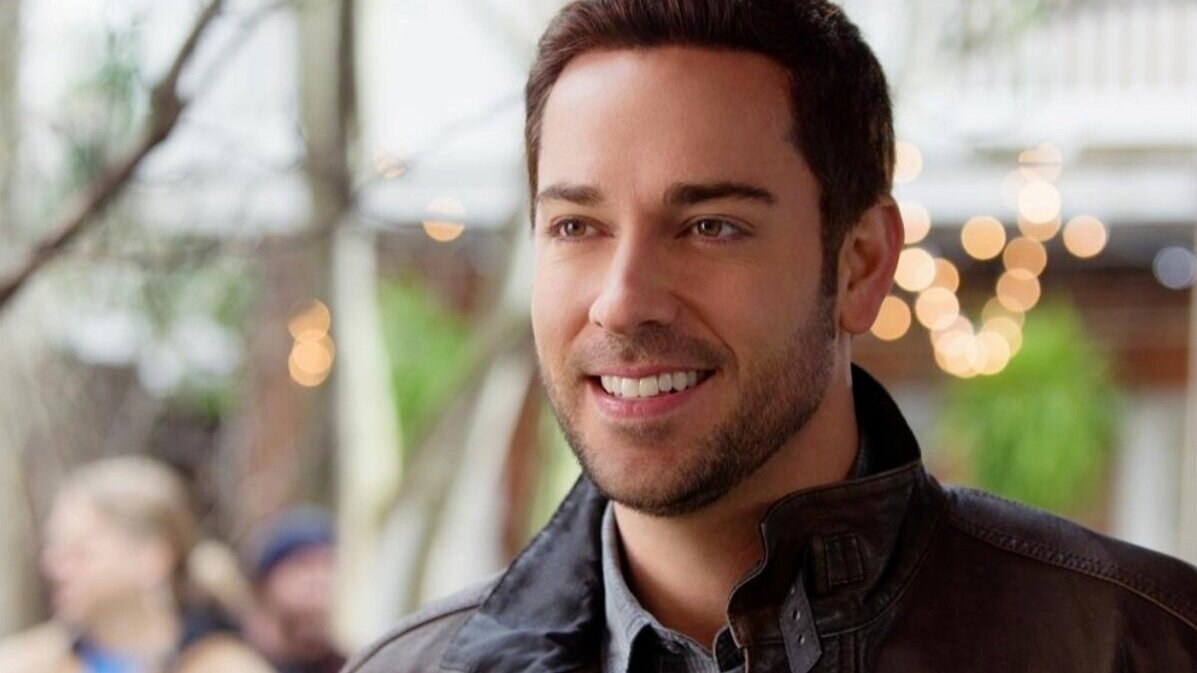 Zachary Levi to Star as NFL Hall of Fame Quarterback in AMERICAN UNDERDOG: THE KURT WARNER STORY