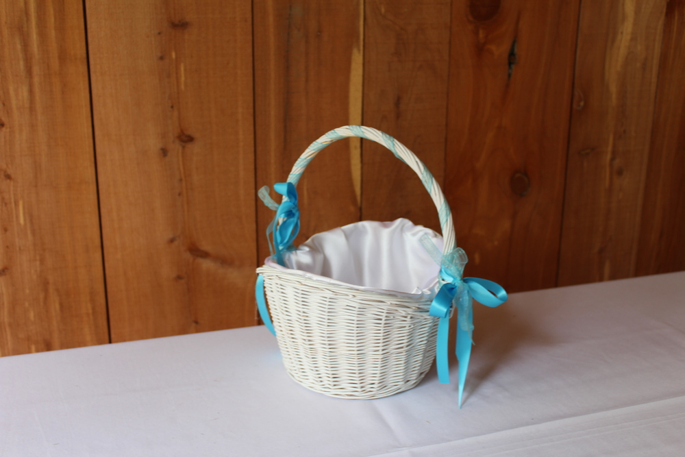 #68 - White Wicker Basket