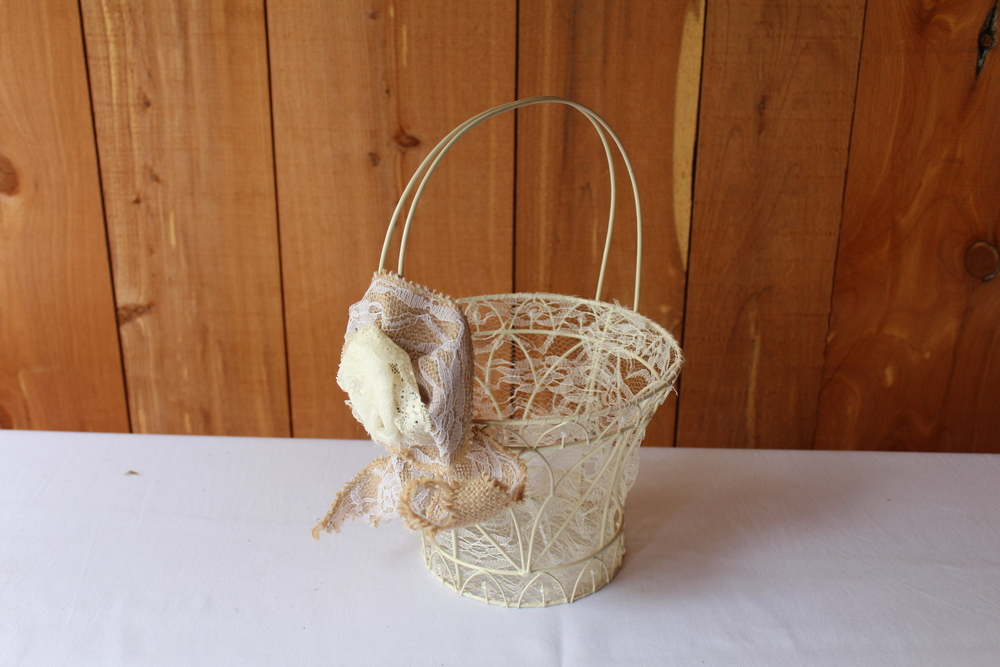 #83 - White Wire Basket
