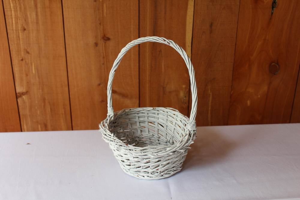 #82 - White Wicker Basket