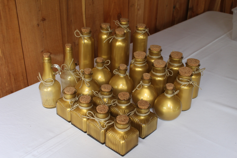 #99 - Gold Table Decor