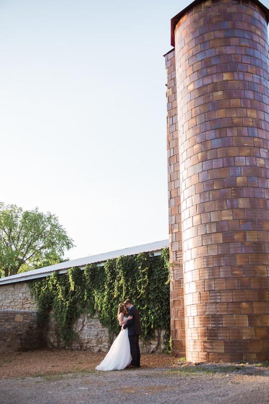 Jess and Jenn Photography - Farm Weddings in St. Louis