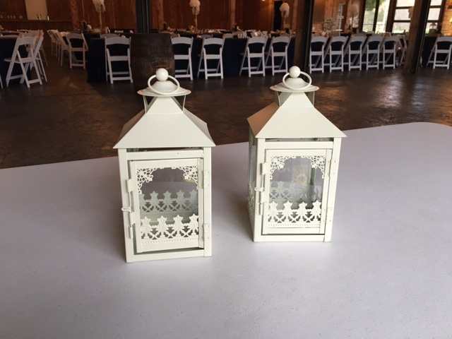 #210 - Small White Lanterns