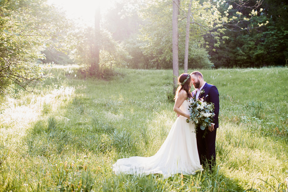 Featured wedding tammy kyle haue valley st louis wedding venues with tons of blooms from marry me cottage and a stunning gown from white traditions bridal house this is one you need to see for yourself enjoy solutioingenieria Image collections