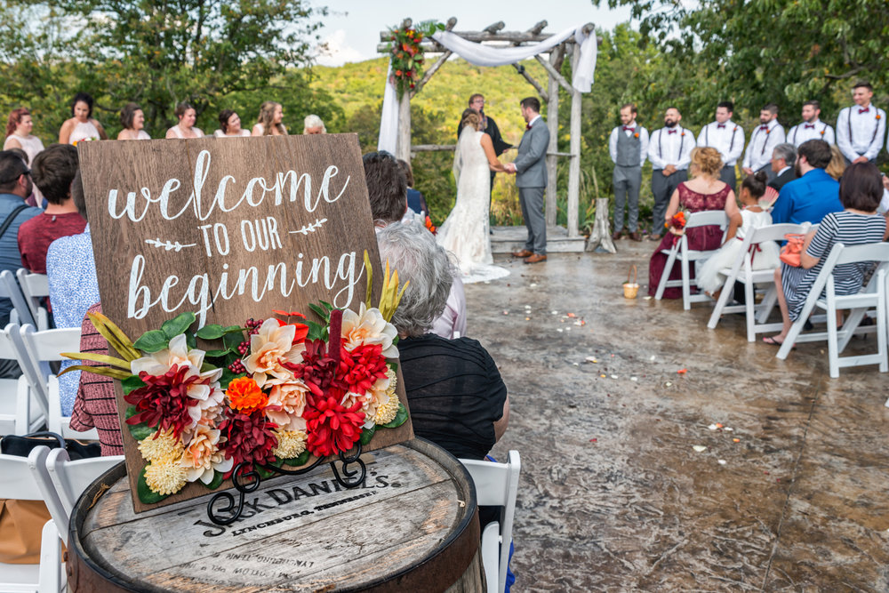 Falling in Love with a St. Louis Fall Wedding at Haue Valley