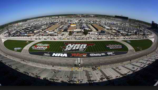 Texas_Motor_Speedway_2.jpg