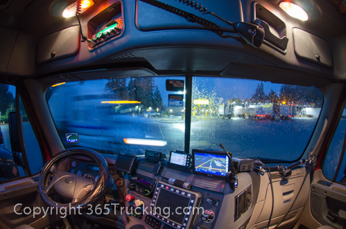Truck_Dash_Electronics_GPS_Night_011414-56.jpg