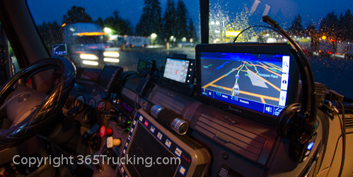 Truck_Dash_Electronics_GPS_Night_011414-73.jpg