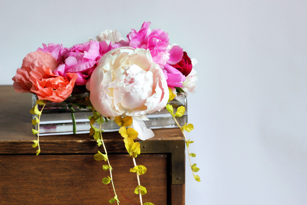 easy peony flower arrangement.JPG