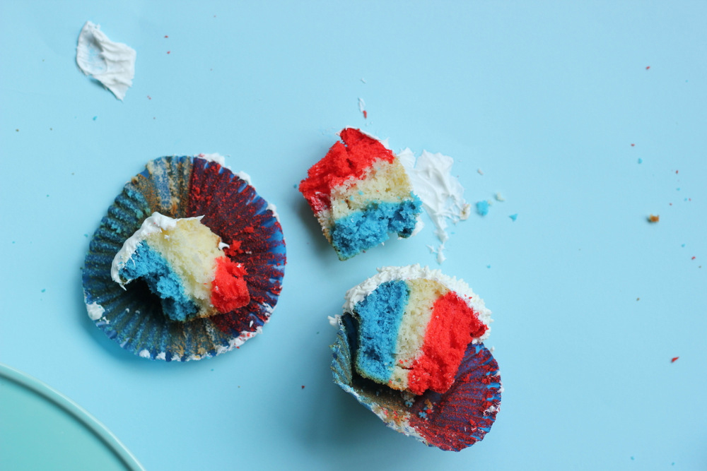 messy fourth of july cupcakes.JPG