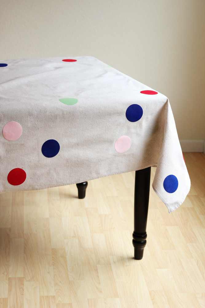 diy confetti tablecloth or picnic blanket.JPG