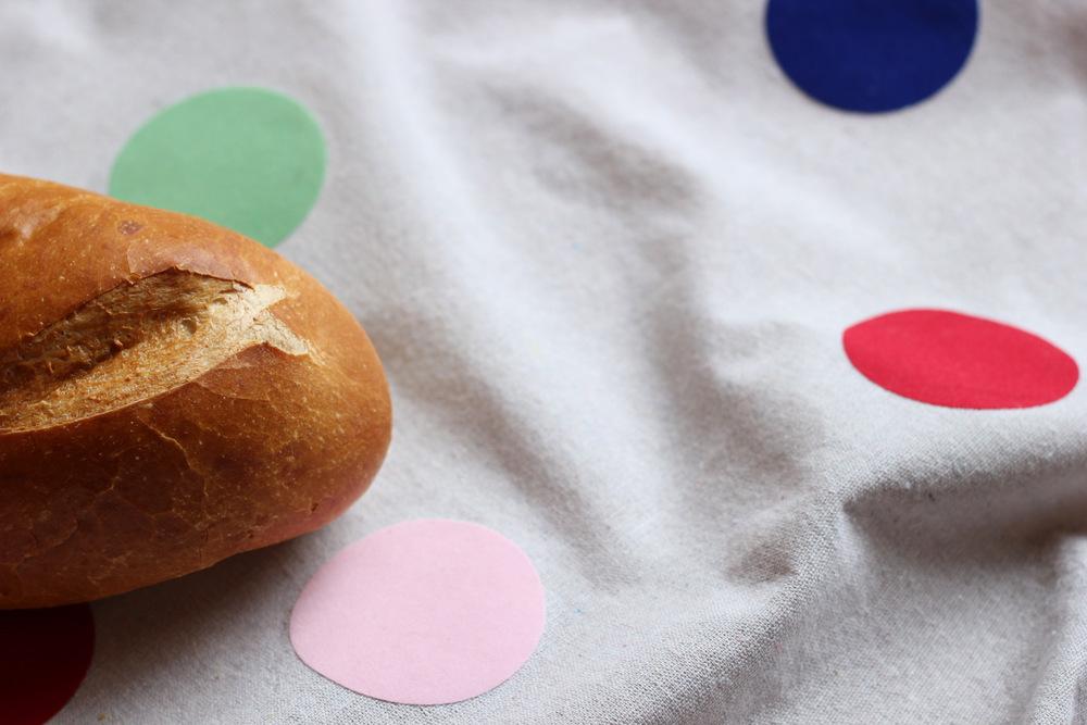 diy polka dot picnic blanket3.JPG