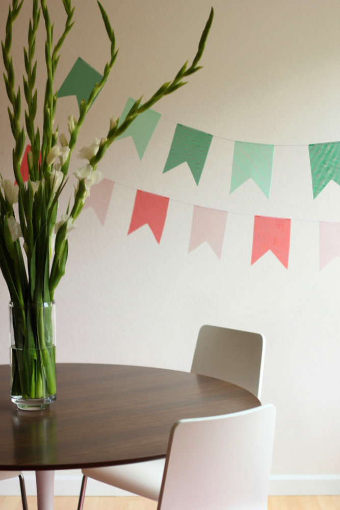 diy crossstitch mesh bunting.JPG