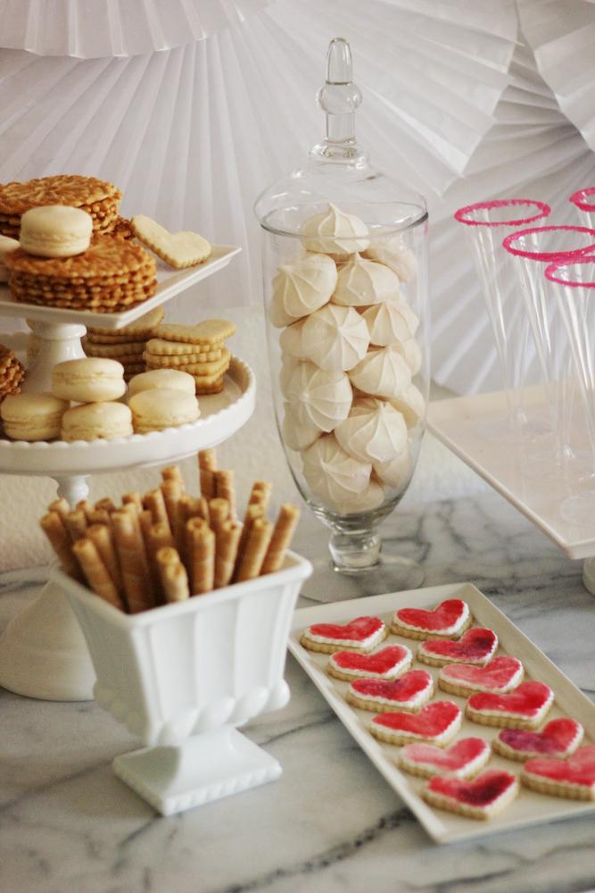 easy summer celebration dessert table.JPG