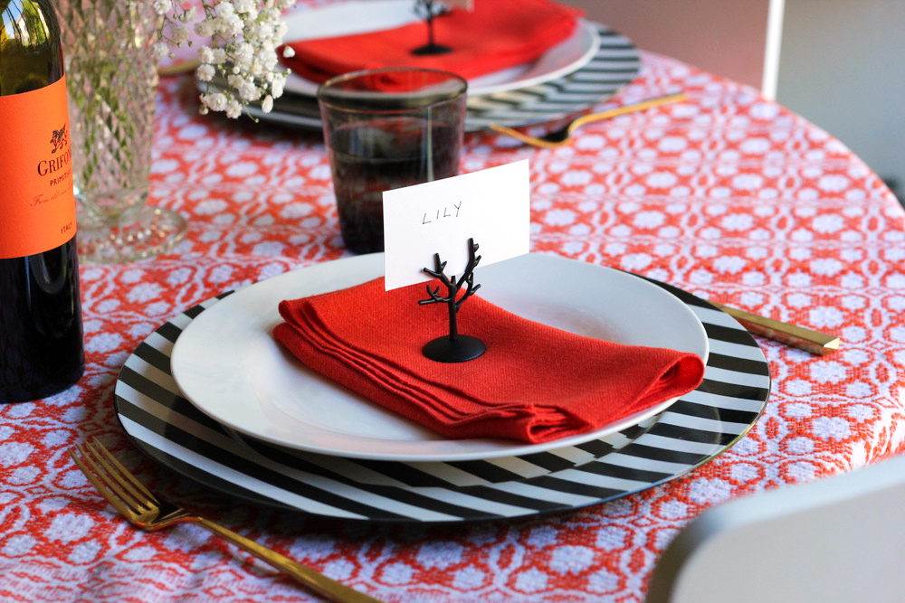 spooky tree place cards diy.JPG