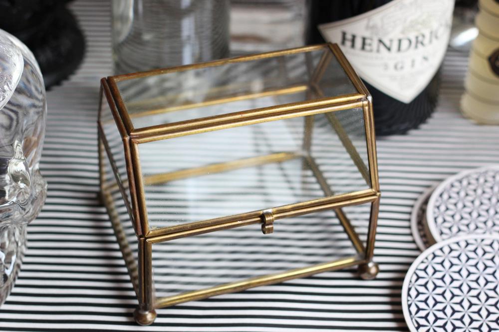 brass curio glass box.JPG