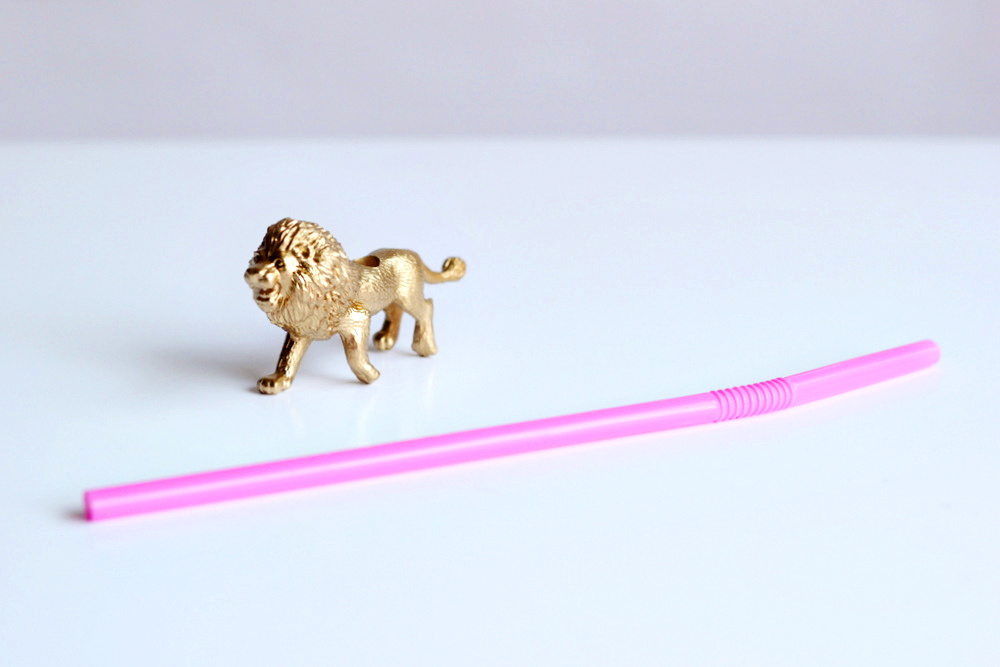 gold party animal straws.JPG