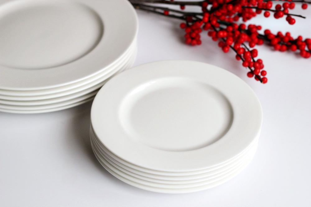 best white dishes for entertaining.JPG