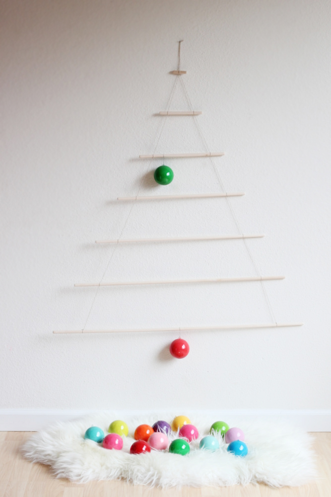 hang ornaments from a modern tree .JPG