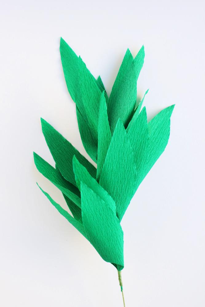 diy crepe paper garland 5.JPG