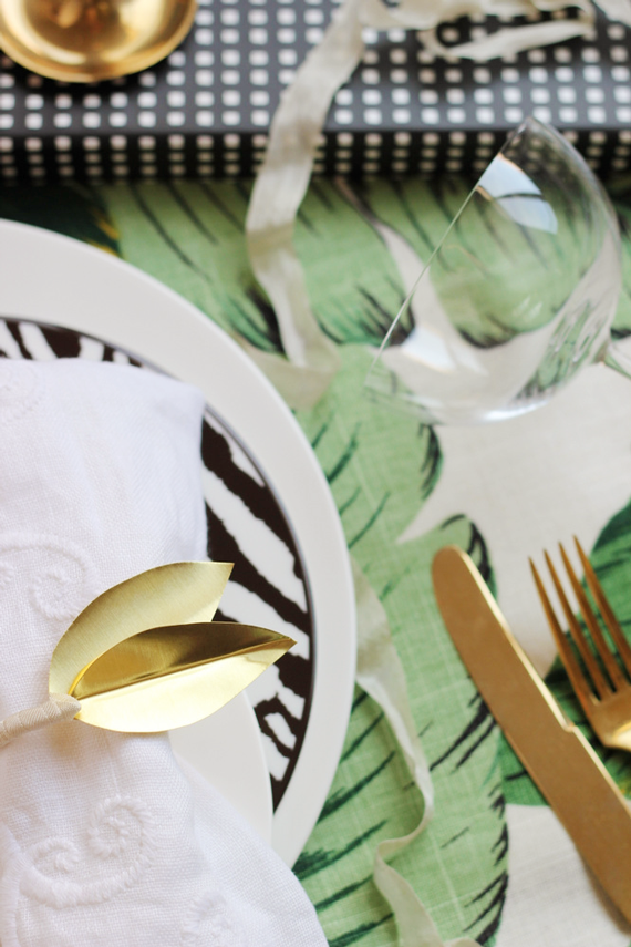 DIY BRASS LEAF NAPKIN RING.JPG