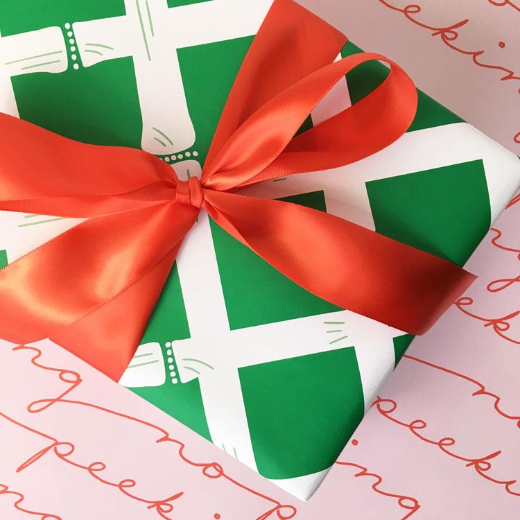 no-peeking-pink-green-bamboo-christmas-gift-wrap-jennybatt.jpg