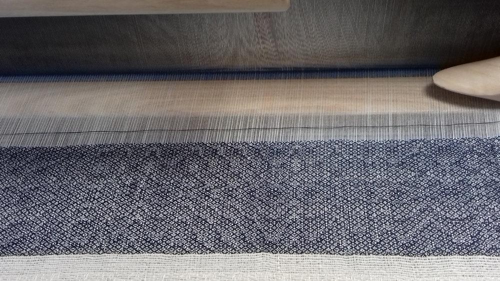 Weaving ripples