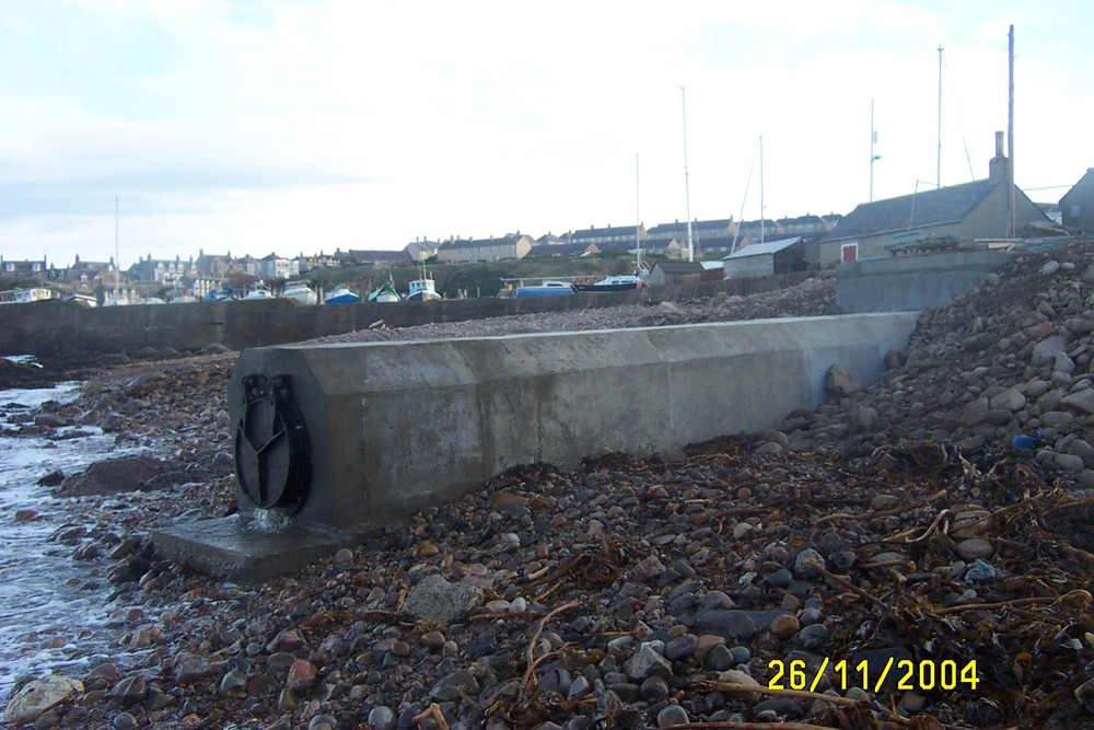 findochty-sea-outfall-flap-valve1