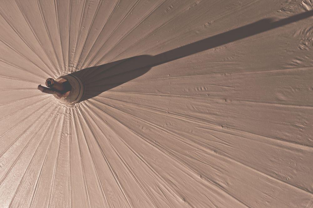 Parasol shadows