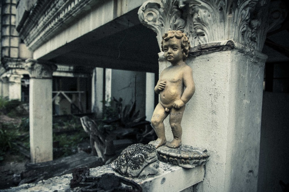 Jamie Lowe Photography Haunted House Chiang Mai-9.jpg