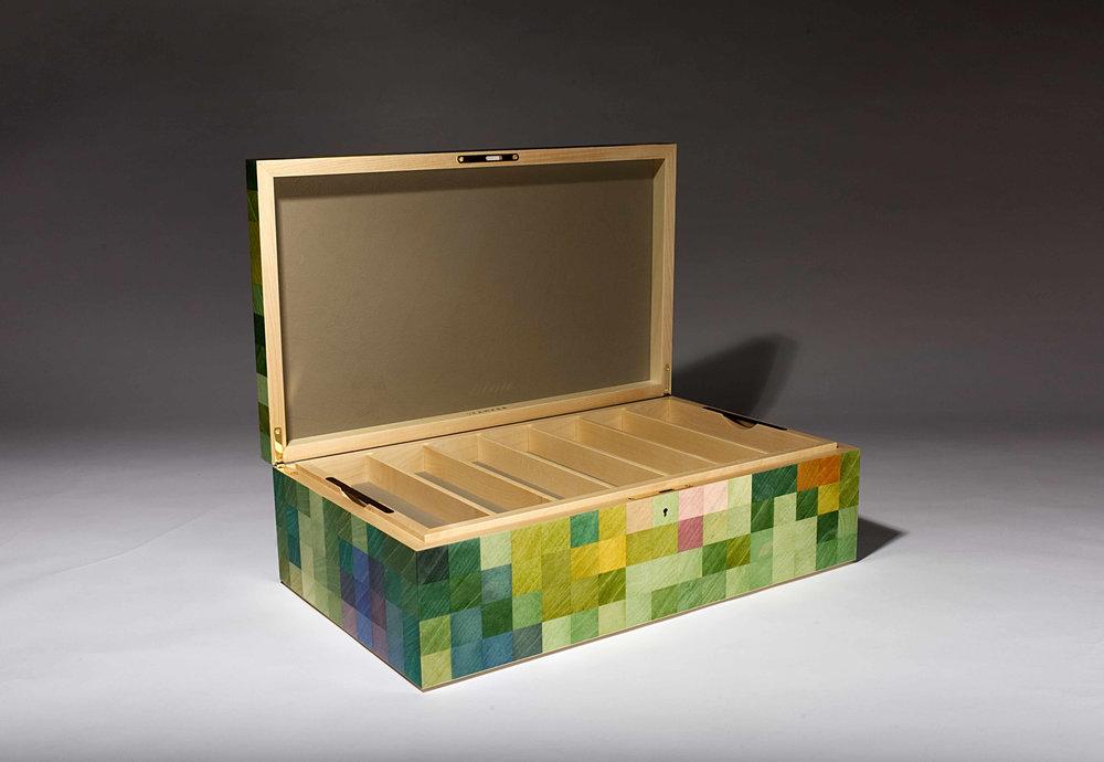 Razor box 7.jpg