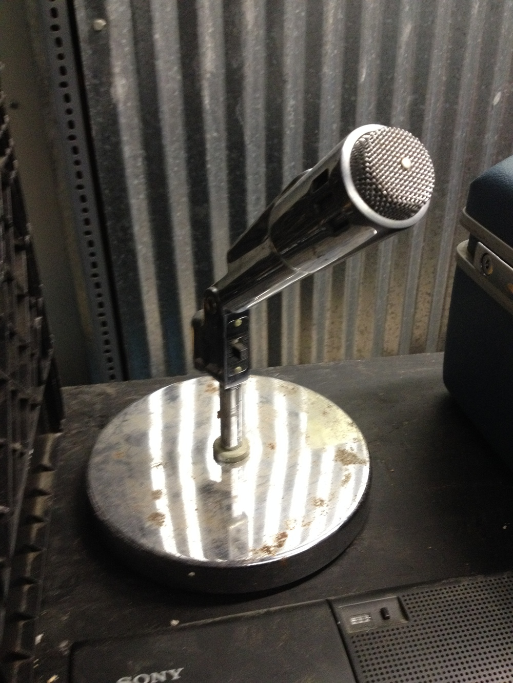 Desk Microphone.jpg