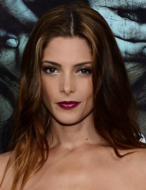 Ashley-Greene-dark-lips.jpg