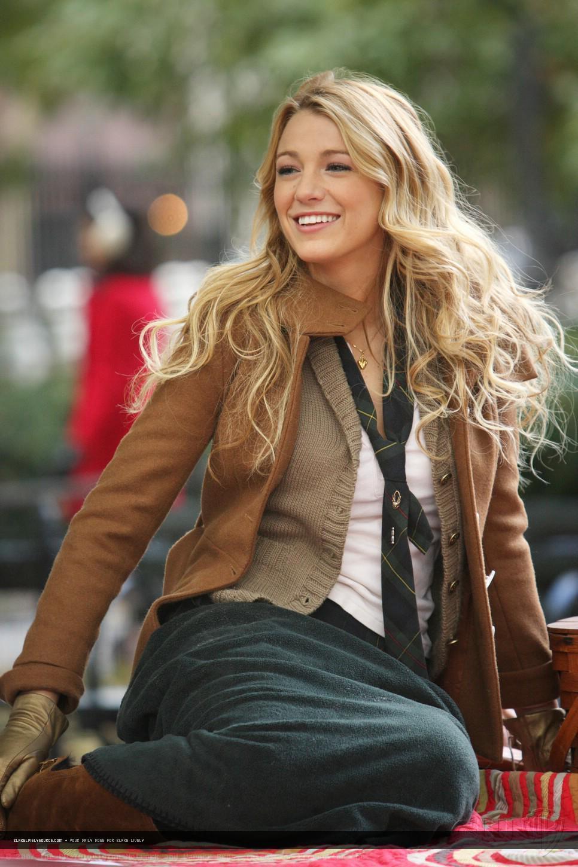 Serena-Style-S1-serena-van-der-woodsen-style-10988178-966-1450.jpg
