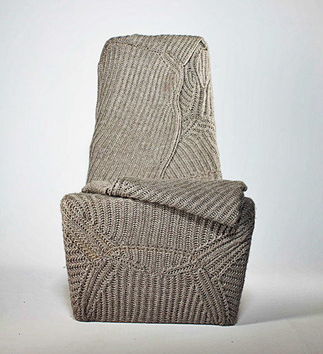 dezeen_Autumn-winter-seat-by-Aga-Brzostek_4.jpg