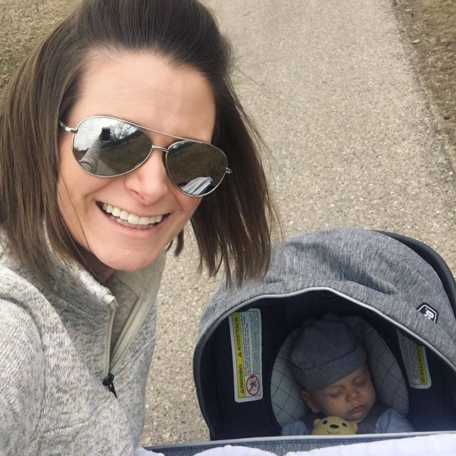 Fletcher's first trip to the arboretum. Can't wait to go again and have our Auntie Mary join us! @marykayross #FletchieJ #65degrees ☀️🙌🏻
