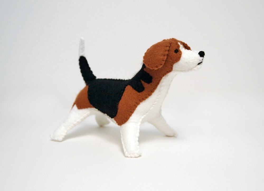 beagle felt dog portrait