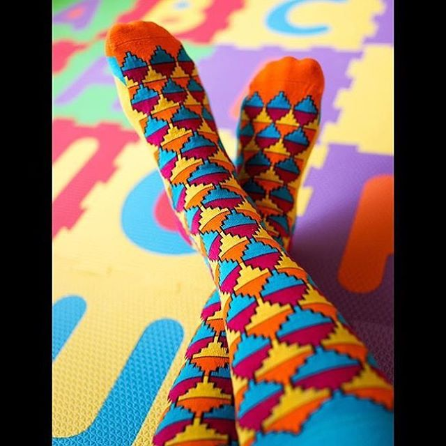 Love this pic from @ib.dangerous in her Desert Daze socks from Love Your Feet, thank you for sharing! 😍 #LYFsocks #loveyourfeet #socks